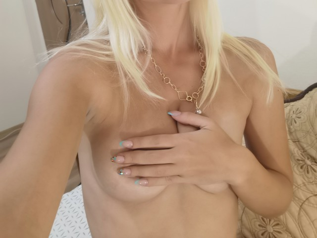 Hot and sensual model Wildpussyxxx