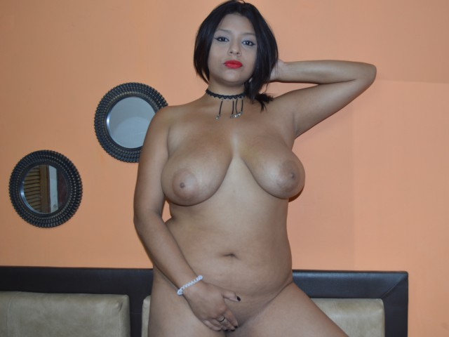 https://www.usasex.info/en/profile/AndreaFetish/